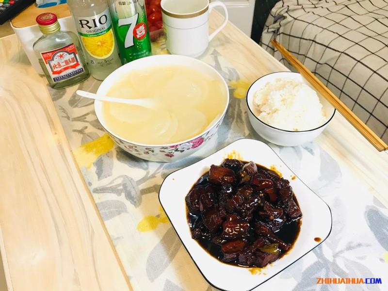在湖南的民宿里做了一顿毛主席最爱吃的红烧肉